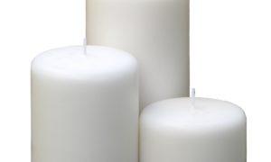 Vela pilar básica branca